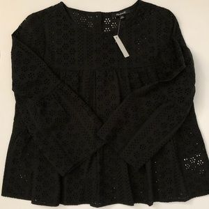 Madewell Tops - Madewell Black Eyelet Tiered Button Back Top NWT